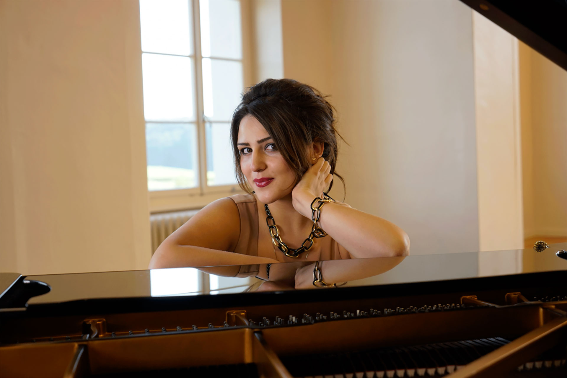 Larisa Baghdasaryan on the piano